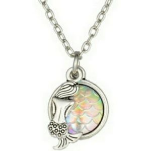 Pink opal mermaid scale / fish scale necklace NWT